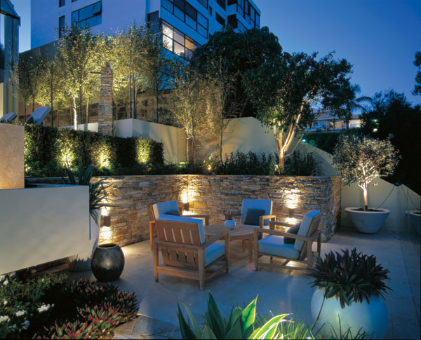 Landscape-Lighting-Ideas-3