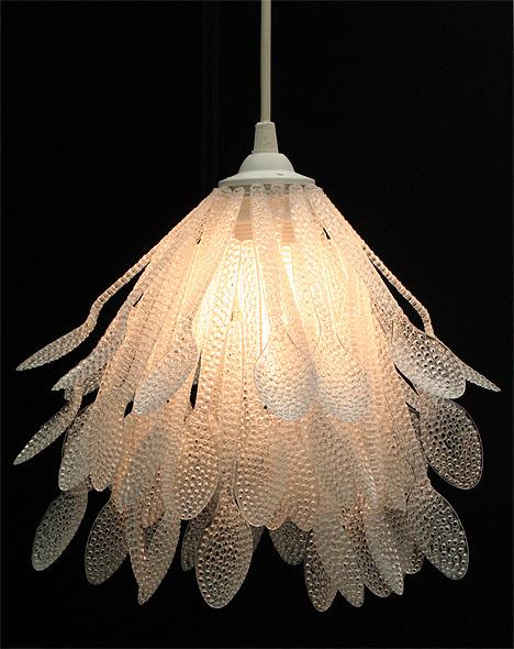 icff-plastic-spoon-chandelier-daisuke-hiraiwa