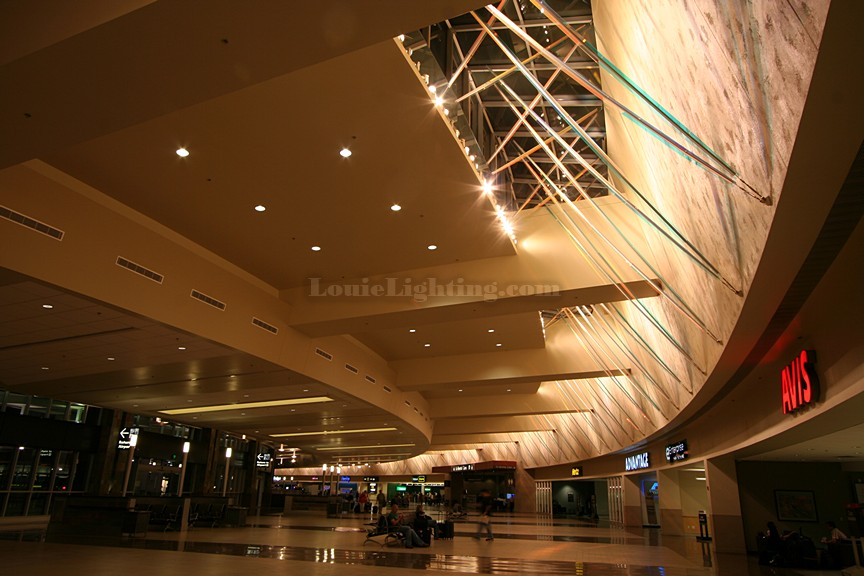 A stunning custom lighting application for Phoenix Sky Harbor Airport, created by Arie Louie of Louie Lighting Inc. and Arie Designs.