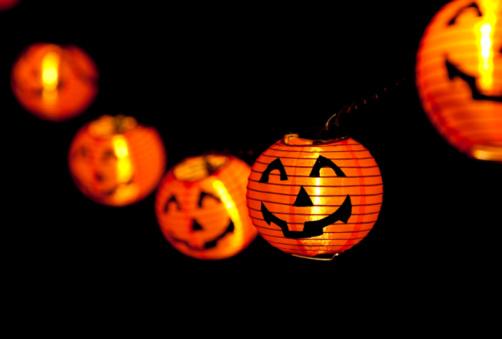 spooky halloween lighting tips halloween_lighting_decoration_ideas_1348188725 - Halloween Lighting