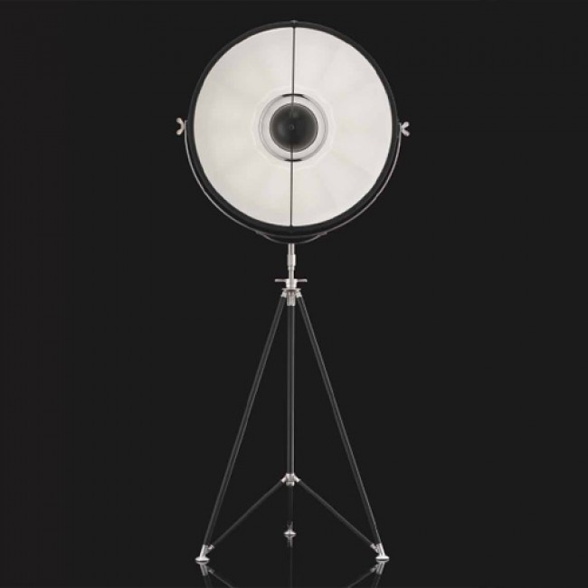STUDIO 72 Tripod Floor Lamp By: Venetia Studium Studio 1907