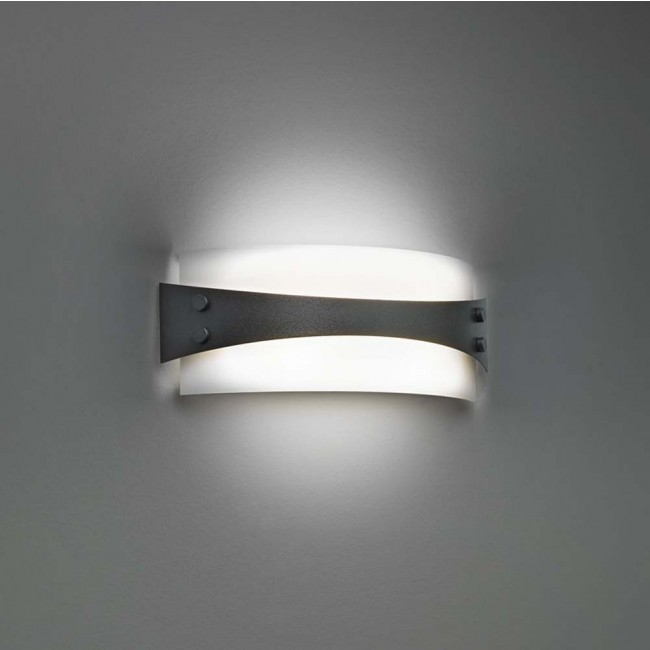Invicta Chestnut Wall Sconce By: Ultralights Lighting